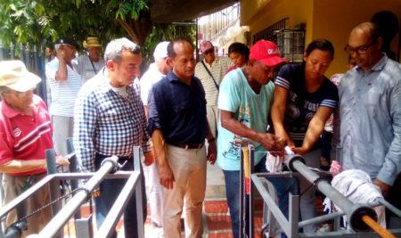 Entrega de Máquinas Artesanales en el Barrio San Fernando